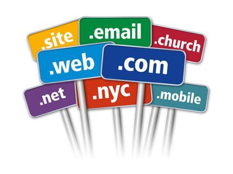 Избор на домейн и хостинг